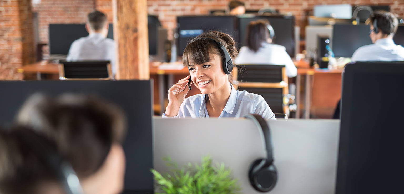 Outsourced Customer Service Cost: How to Calculate It?